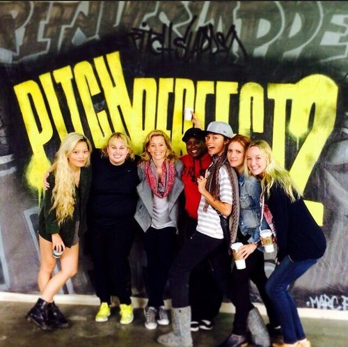 Voices (Pitch Perfect) wallpaper possibly containing a sign and a business suit called Pitch Perfect 2 Rehearsal!