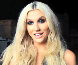 Ke$ha پیپر وال containing a portrait titled Random Kesha Pictures. =]