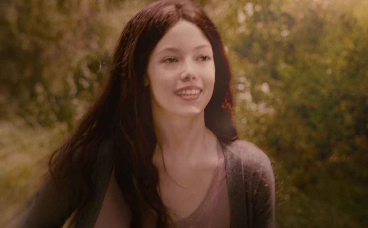 Renesmee Cullen - The Cullen Family - 161.5KB