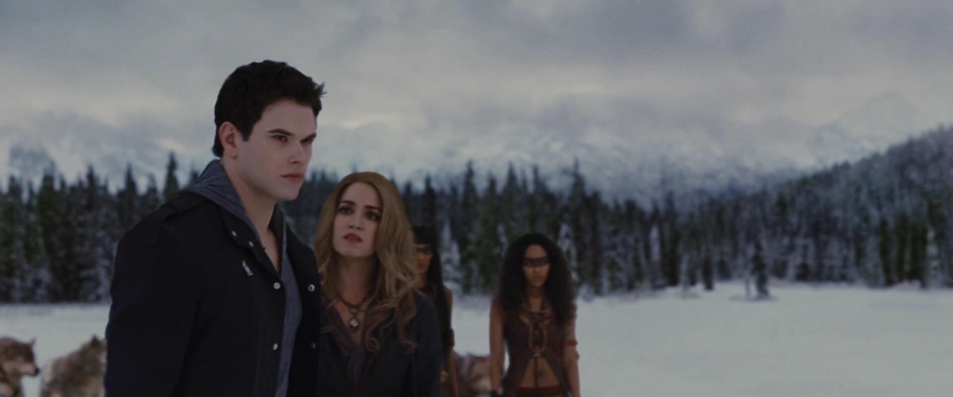 Twilight Saga - The Beauty & The Bear {Rose ♥ Emmett} #11 ...