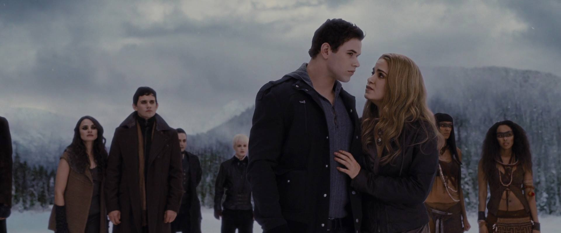 rosalie and emmett the cullen family photo 36952536