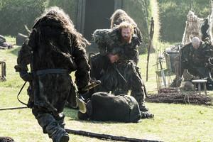 Season 4, Episode 3 – Breaker of Chains