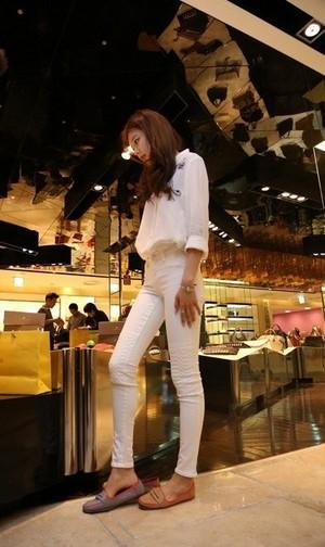 Sooyoung shoe shopping