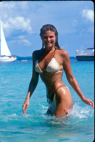Christie Brinkley wallpaper probably with a bikini titled Sports Illustrated 1980 photoshoot