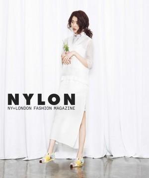Sunmi 'Nylon'