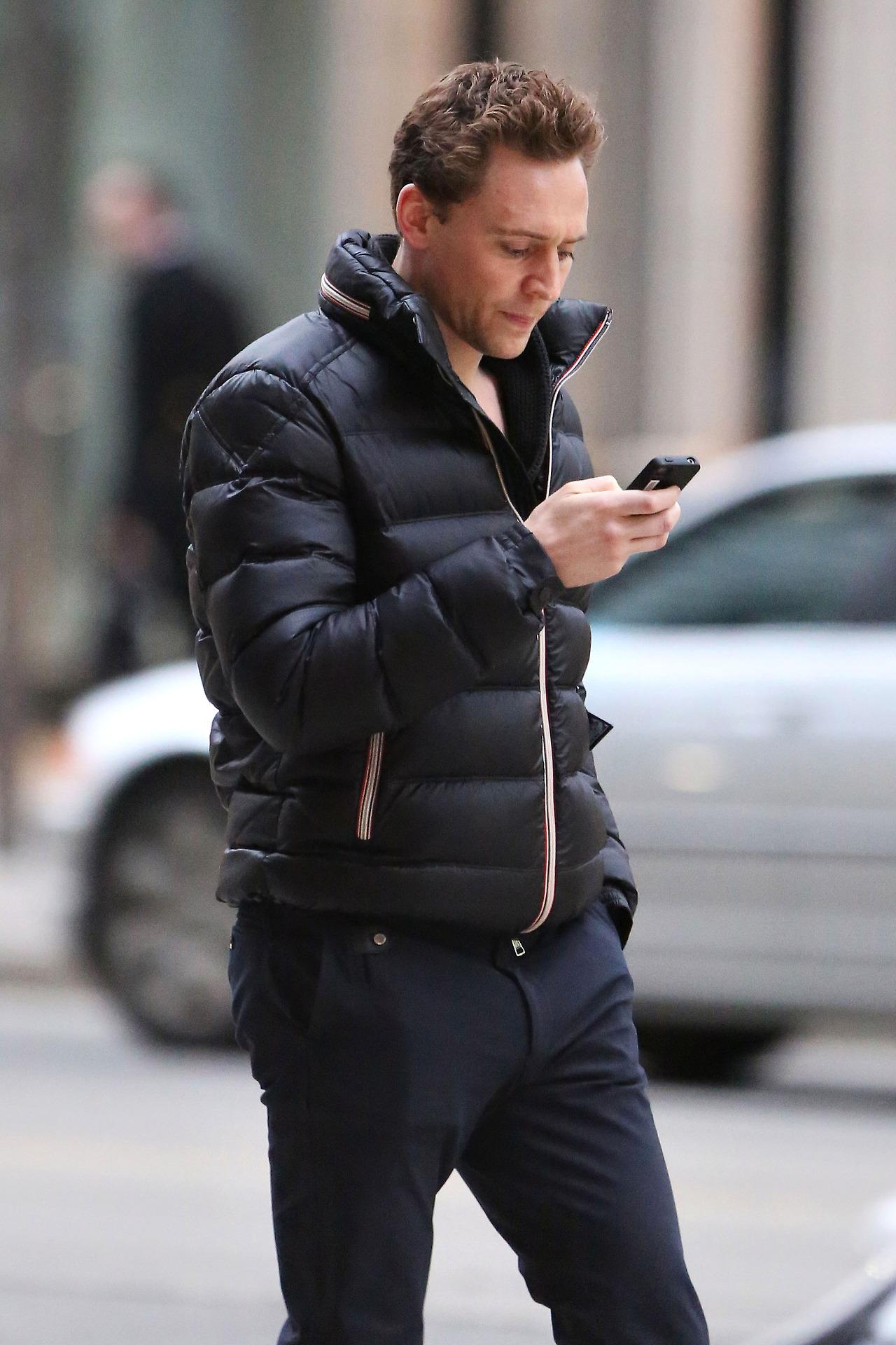 Tom Hiddleston Girlfriend 2014 Tom Hiddleston in Toro...