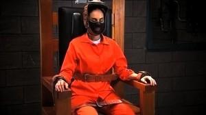 la viuda negra en la silla electrica