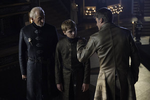 tywin with jaime and tommen