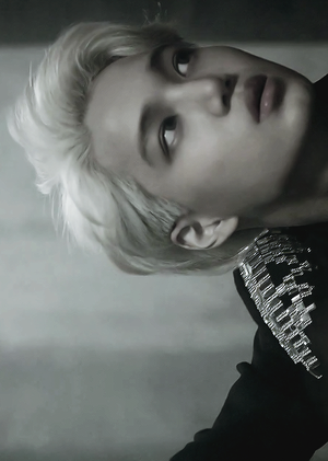 ♥ EXO ~ Overdose M/V ♥
