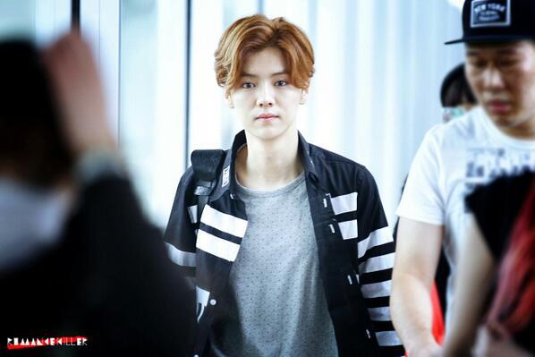 HQ] 140420 Luhan (1) @ Beijing Airport - EXO Photo (37004814 ...