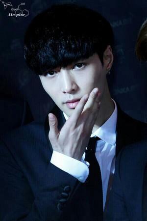 [HQ] 140423 Lay @ 18th Chinese Muzik Awards
