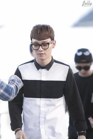 [HQ] 140501 Chen @ Incheon Airport