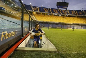 Louis - Boca Jrs. Stadium