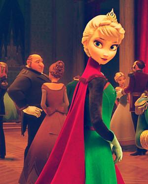 'Perfect' クイーン Elsa
