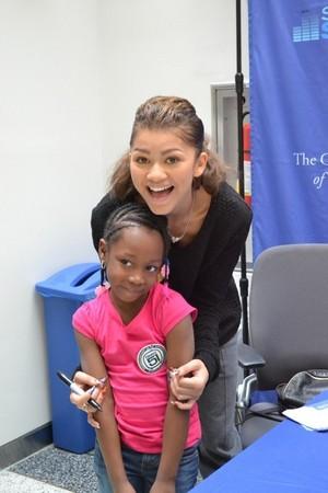 (more) Zendaya visiting patients at The Children's Hospital of Philadelphia 04/05/14