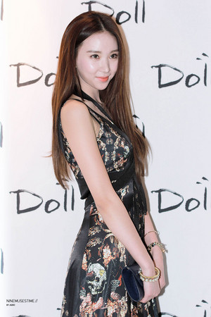 2014 Seoul F/W: Doii Fashion onyesha