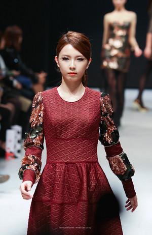 2014 Seoul F/W: Doii Fashion दिखाना