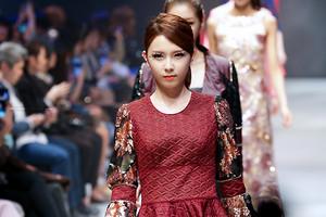 2014 Seoul F/W: Doii Fashion دکھائیں