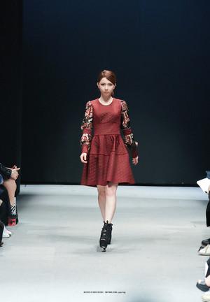 2014 Seoul F/W: Doii Fashion hiển thị