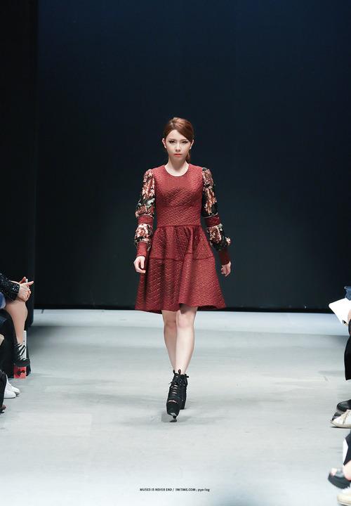 2014 Seoul F/W: Doii Fashion ipakita
