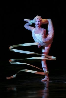 Alegria ribbon and hula hoops act