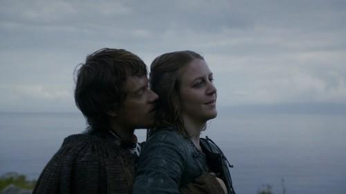 Asha Greyjoy karatasi la kupamba ukuta titled Asha/Yara Greyjoy Season 2