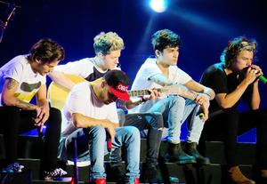 At the mostrar in Sao Paulo, Brazil (11/05/2014)