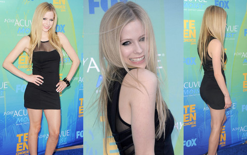 avril lavigne wallpaper probably containing a swimsuit, hot pants, celana panas, and a leotard entitled Avril Lavigne