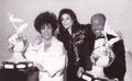 Backstage At The Jackson Family Honors Awards Ceremony Back In 1994 - michael-jackson photo