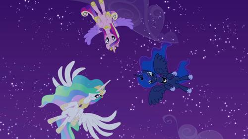 Princess Cadence wolpeyper entitled Cadance, Celestia, and Luna