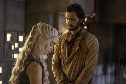 Daenerys Targaryen fond d'écran entitled Daenerys Targaryen Season 4