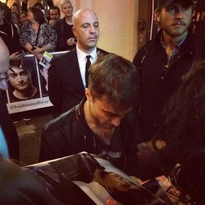 Daniel Radcliffe Selfies With Fans (Fb.com/DanieljacobRadcliffefanClub)