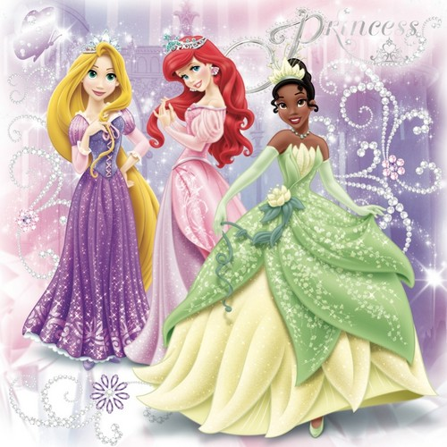 Disney Princess پیپر وال with a bouquet and a rose entitled Disney Princesses