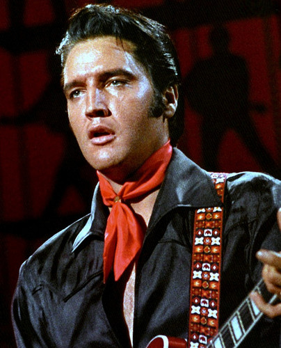 Elvis Presley karatasi la kupamba ukuta containing a business suit titled Elvis Presley - NBC's '68 Comeback Special ★