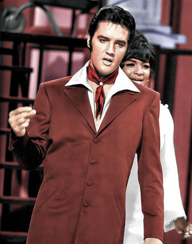 elvis presley wallpaper containing a business suit, a suit, and a well dressed person titled Elvis Presley - NBC's '68 Comeback Special ★