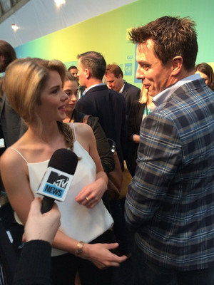 Emily Bett - The CW Upfront carpet