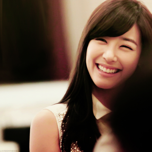CALL ME WHAT YOU WANNA CALL IT I'm a fucking alcoholic - Page 3 Eyesmile-fany-girls-generation-snsd-37008437-500-500