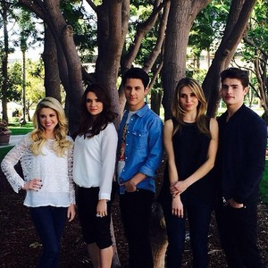 Faking It Cast