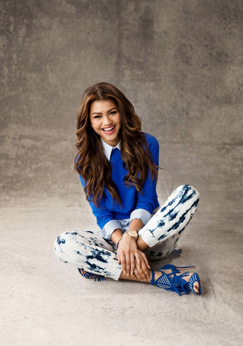 Zendaya Coleman wallpaper called HQ picture of Zendaya for Girls' Life Magazine 2014  June/July issue