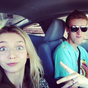 Hana & her brother ❤