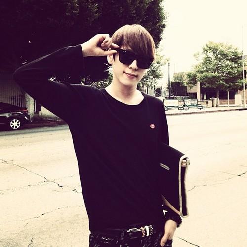 Himchan wallpaper probably containing sunglasses titled Himchan's Instagram atualizações