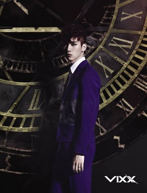 Hyuk's individual dyaket litrato for 4th single, 'ETERNITY'