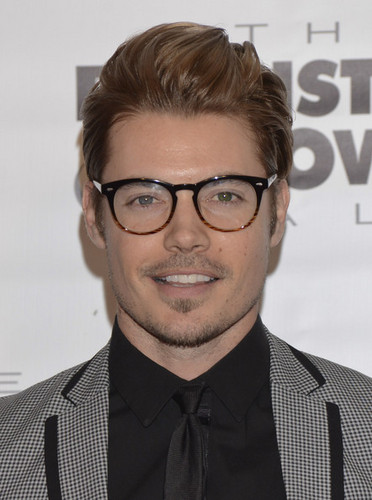 Josh Henderson wallpaper containing a business suit, a suit, and a three piece suit entitled Josh Henderson at Barnstable Brown Kentucky Derby Eve Gala
