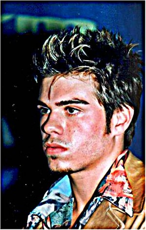 Matthew Lawrence in HDR