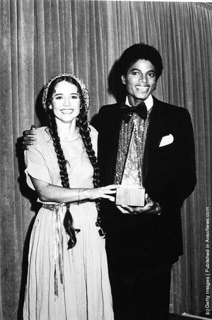 Michael And Nicolette Larson Backstage At The 1980 American Muzik Awards