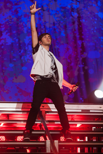The Wanted वॉलपेपर containing a संगीत कार्यक्रम entitled Nathan Sykes