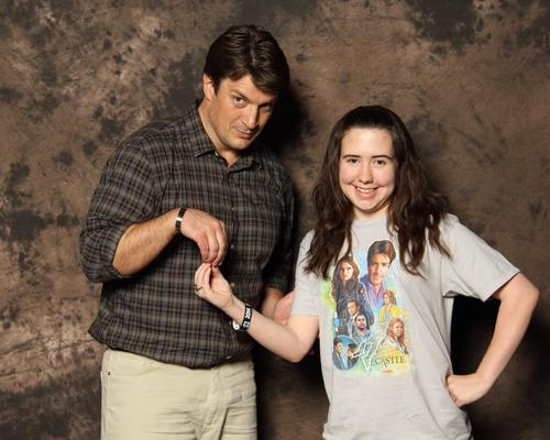 Nathan Fillion & Stana Katic achtergrond titled Nathan and a fan(May,2014)