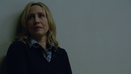 Bates Motel Hintergrund probably containing a well dressed person called Norma Bates (Bates Motel) Screencaps