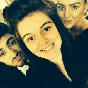 Perrie and Zayn with Perrie's cousin ;)