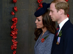 Prince William and Kate Mark ANZAC день